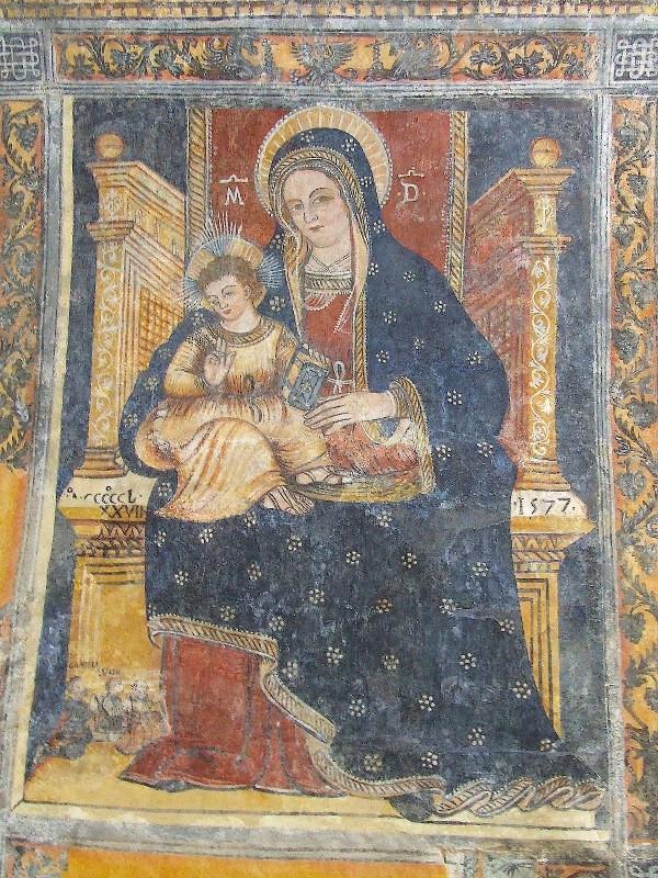 Serra dell'Alto: una serra, una specchia, una chiesa: una storia lunga millenni